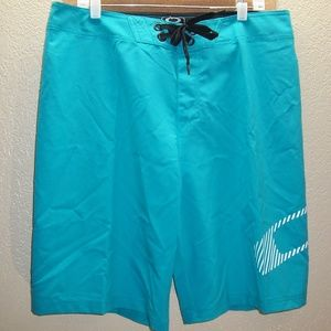 "NEW NWT OAKLEY 36"" Waist FROTH boardshorts/swim/su"